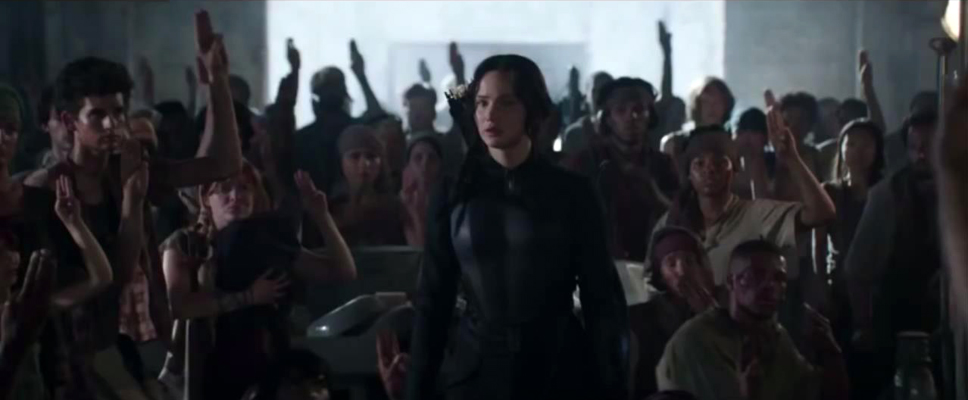 mockingjay-part-1-katniss-supported.jpg